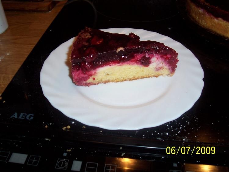 Kirsch-Pudding-Blechkuchen