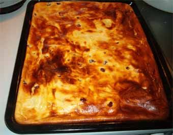 Käse-Kirsch-Blechkuchen