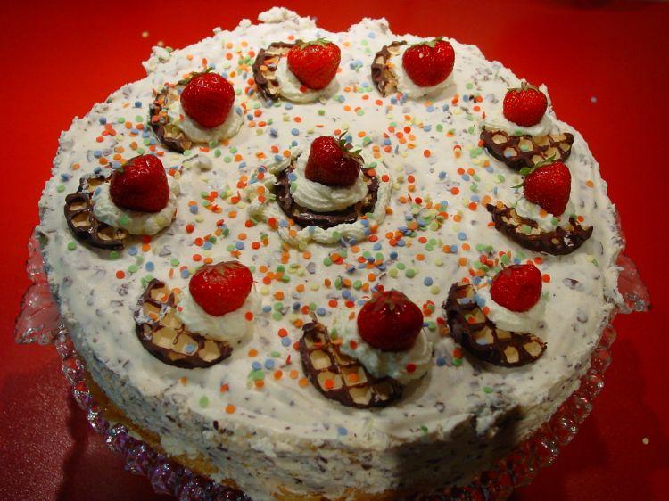 Schokokuss-Torte mit Mandarinen