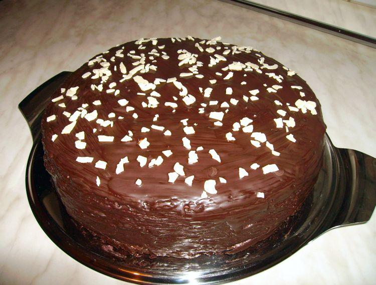 Kirsch-Schokoladen-Torte