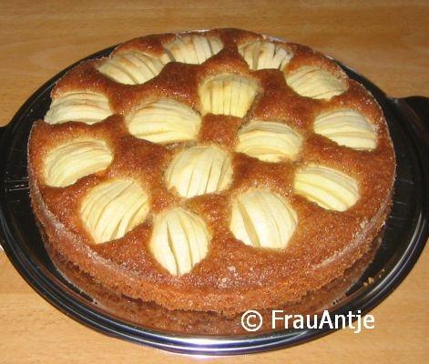 Versunkener Apfelkuchen mit Vollkornteig
