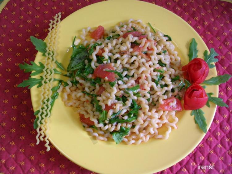 Spaghetti con Rucola e Pomodori
