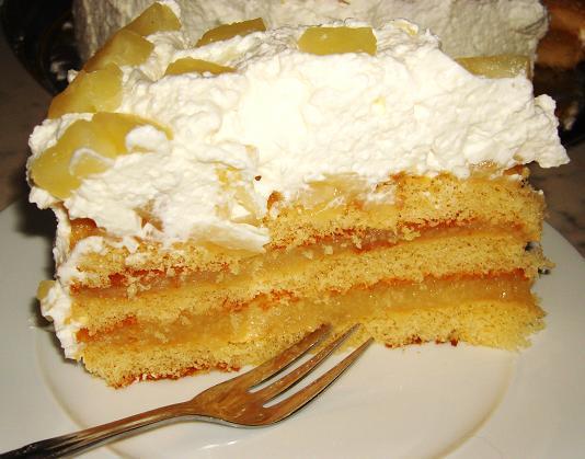 Ananas-Sahne-Torte