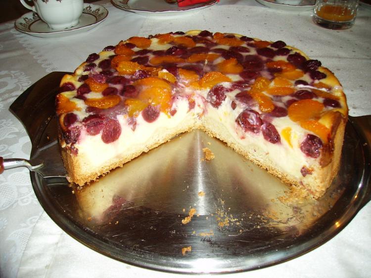 Quark-Schmand-Obst-Kuchen