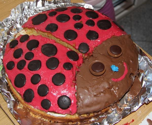 Glückskäferkuchen