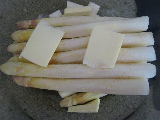 Spargel aus dem Ofen - auch toll für Gäste