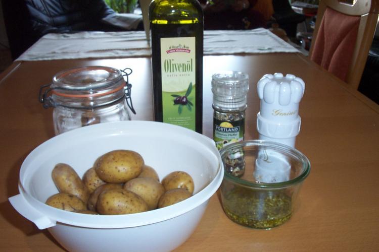 Kräuter-Knoblauchkartoffeln vom Blech