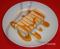 Cantuccini-Parfait mit Zimtsirup