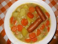 Möhreneintopf mit Wiener Würstchen
