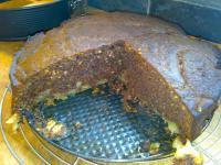 Schoko-Apfelkuchen mit Walnüssen