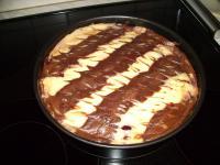 Streifen-Schmand-Kuchen mit Kirschen