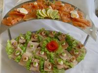 Kalte Platten: Lachs- und Forellenplatte