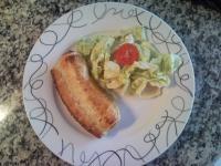 Wienerwürstchen im Schlafrock mit Salat